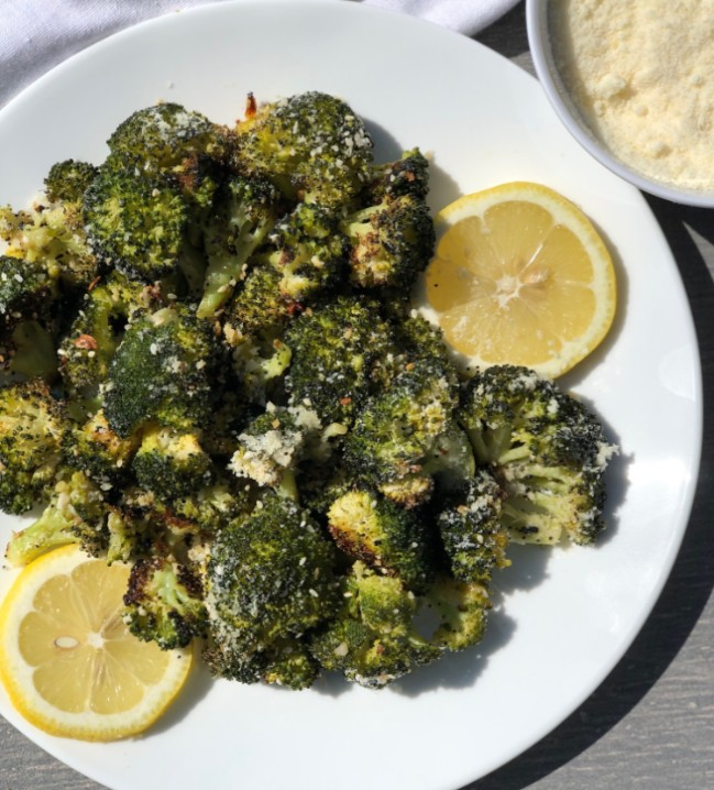 Oven roasted broccoli with Parmesan, lemon, and everything bagel seasoning