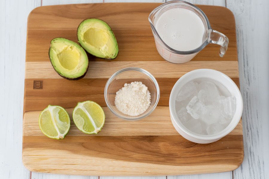 keto avocado smoothie ingredients